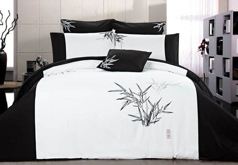 King Size Embroidered Bamboo Pattern White Quilt Cover Set (3PCS)