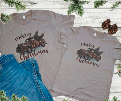 Leopard Merry Christmas Truck - Vintage T-shirt