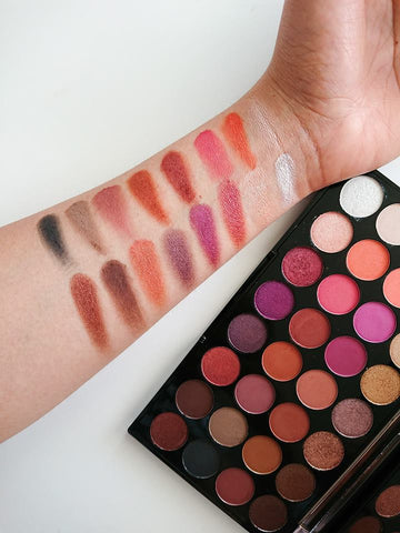 Makeup revolution Flawless 4 Eyeshadow Palette