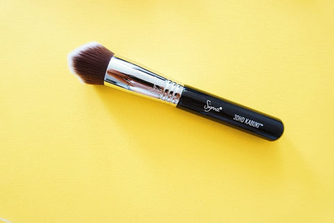 Sigma 3DHD Kabuki Brush My favourite Sigma Beauty Brushes