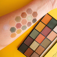 Makeup Revolution Re-Loaded Palette - Iconic Divisionorabelca
