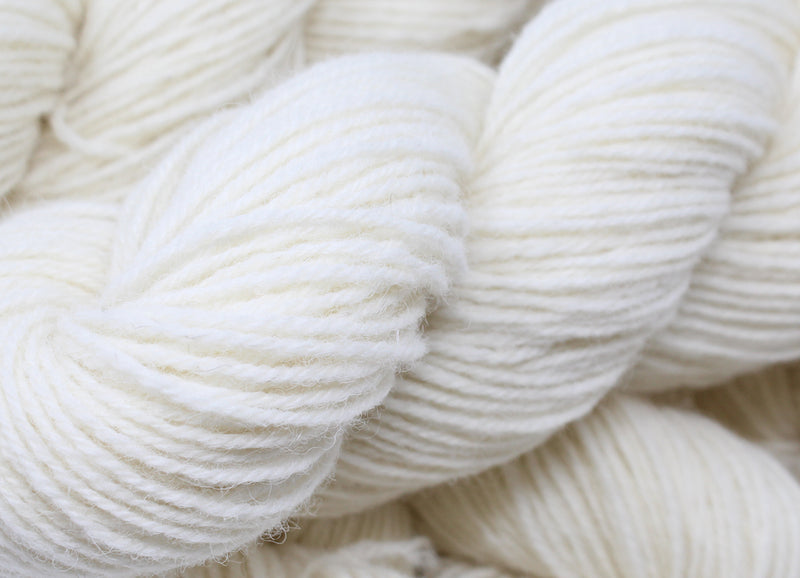 New in - Undyed North Country Cheviot Yarn
