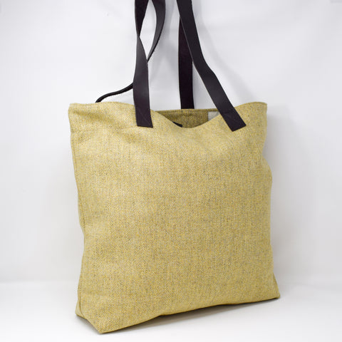 Luxury Ben Vrackie Tote Bag