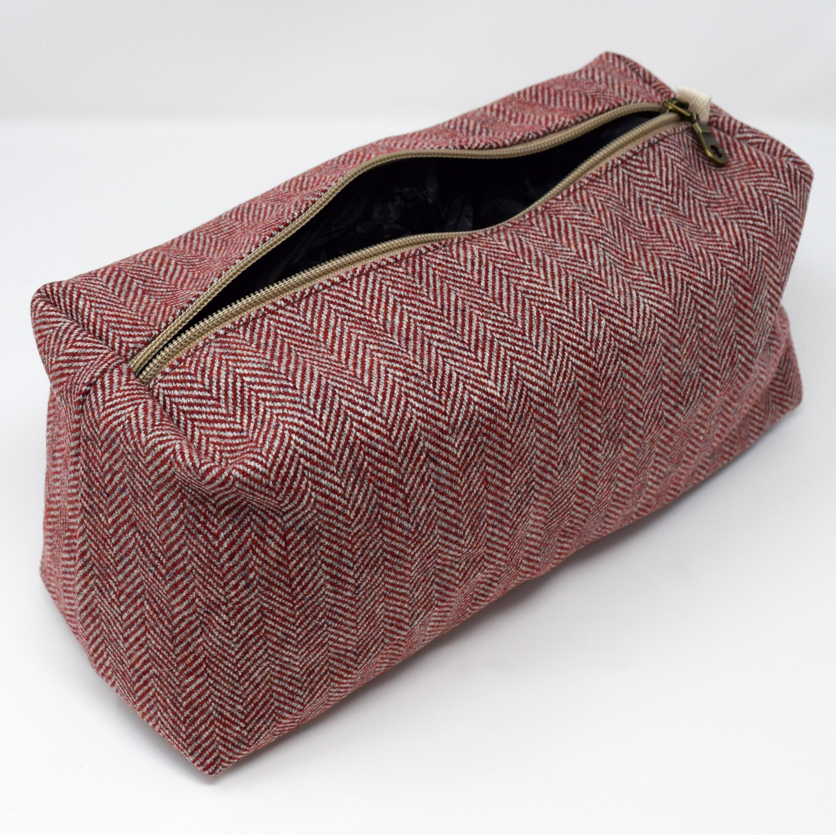 Highland Warmth Wash Bag