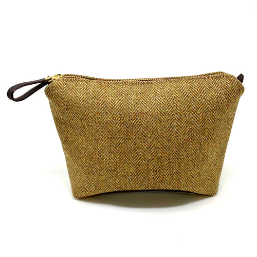 Luxury Ben Vrackie Large Travel Pouch