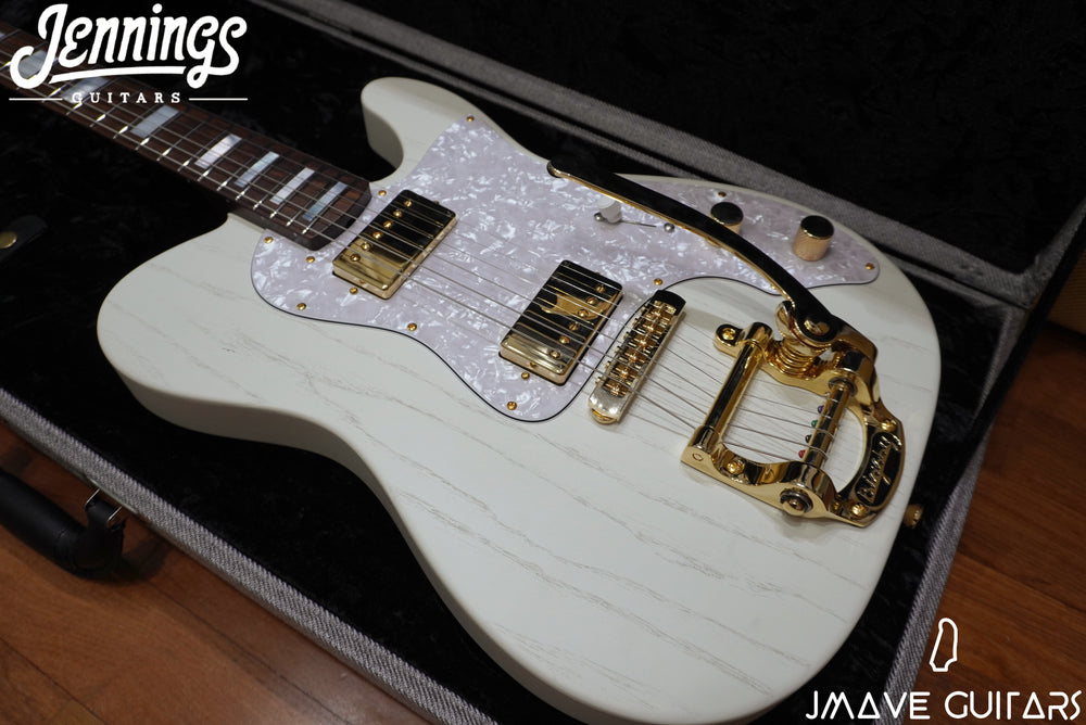 Jennings Guitars Navigator Custom in White