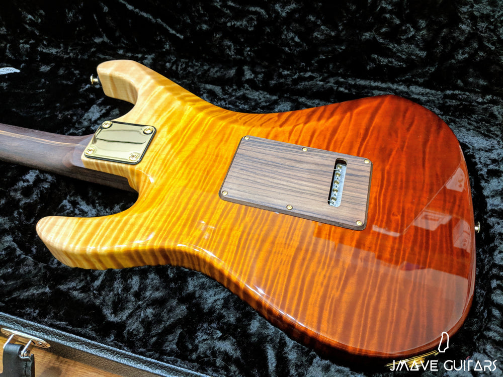 Suhr 1-PC Flame Maple Body Desert Gradient
