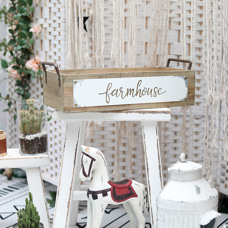 Isabella Wooden Farmhouse Crate
