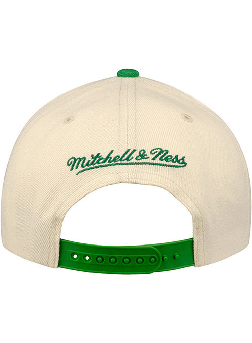Mitchell & Ness Hardwood Classics Natural XL Milwaukee Bucks Snapback Cap