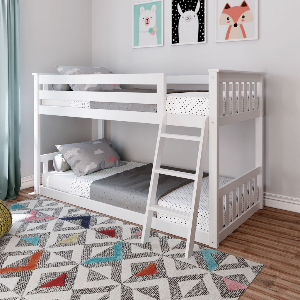 Max & Lily Kid's Twin Over Twin Size Low Bunk Bed Bunk Beds White