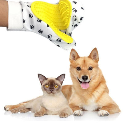 La Belle Sophie Grooming Pet Glove