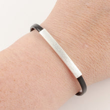 Ladies Slim ID - Black and Silver - Things Engraved