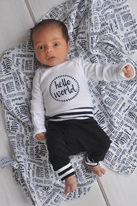 Baby Outfit / Coming Home Outfit - Hello World Wreath