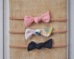 Set of Mini Bows on Nylon Headbands - Floral Blues