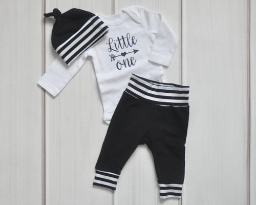 Baby Outfit / Coming Home Outfit - Little One