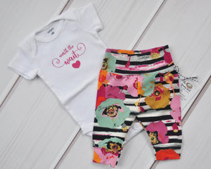Baby Outfit / Coming Home Outfit - Worth the Wait & Floral Leggings