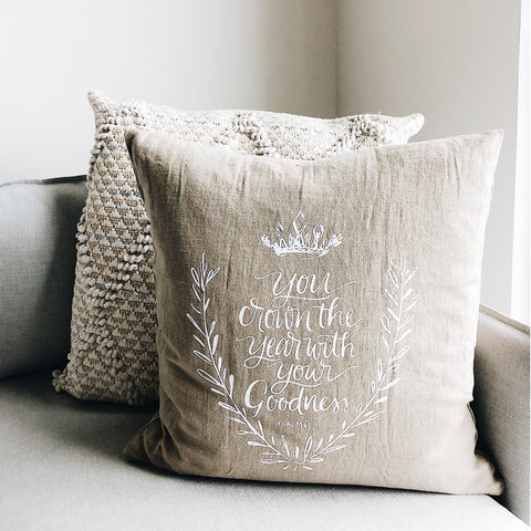 Crown the Year | Throw Pillow Cover