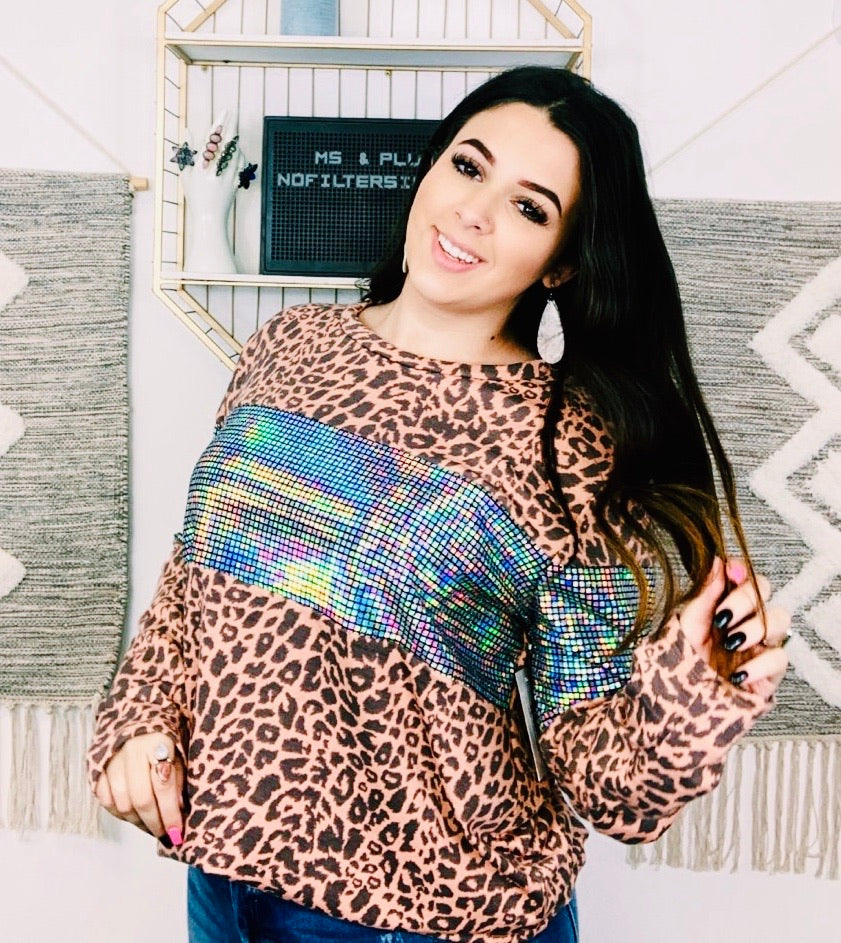 See-Me-Shine Leopard Top
