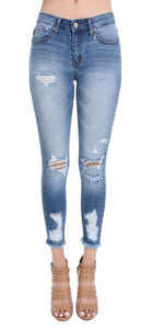 KanCan Distressed Bring It Jeans