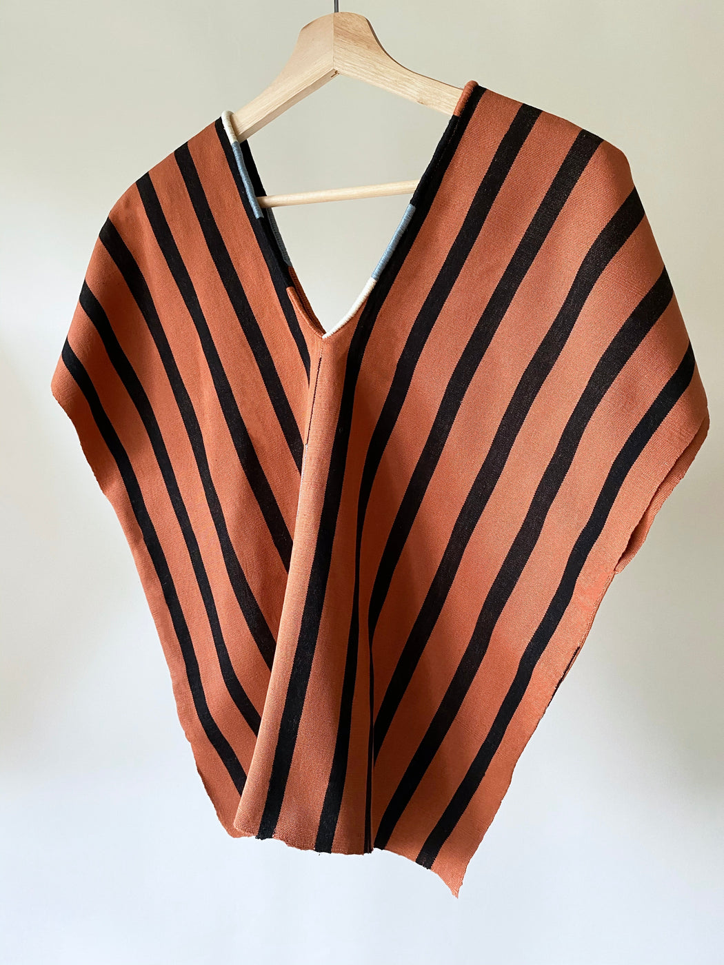 Alma Top Tobacco & Black Stripes