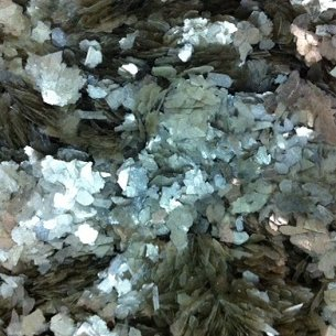 Silver Medium Mica Flakes