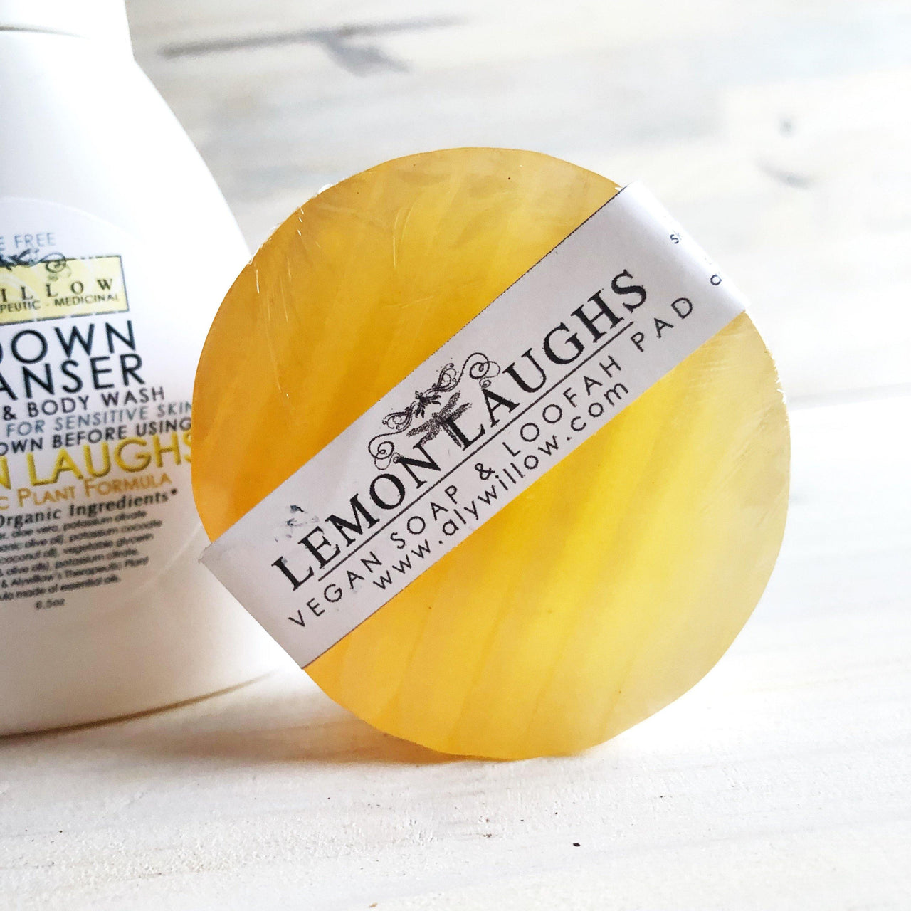 LEMON LAUGHS Vegan Bar Cleanser