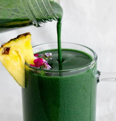 Smoothie exotique à la spiruline
