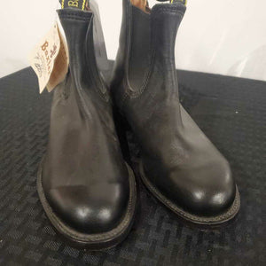 Black Leather Boots 5 1/2