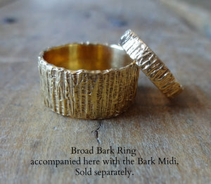 Bold unique bark textured wedding band, Contemporary ring Unisex wedding band, Bark Ring TERNYC texture NYC designer jewelry mens rings bold rings TERMEN 18kt gold stacker rings, matching midi ring handmade in NYC recycled metals by model jayne moore designer writer jayne moore