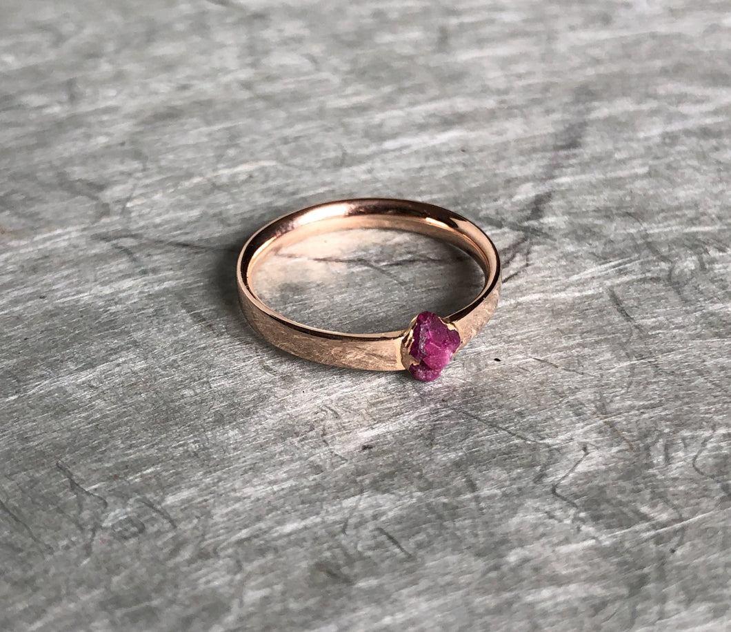 raw ruby cast not set in recycled rose gold rebel set castnotset cast in place raw ruby ring rough rubies one of a kind stand out rings hand made in nyc by jayne more model writer jeweler
