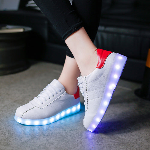 2017 Women Colorful glowing shoes with lights up led luminous shoes a new simulation sole led shoes for adults neon basket led