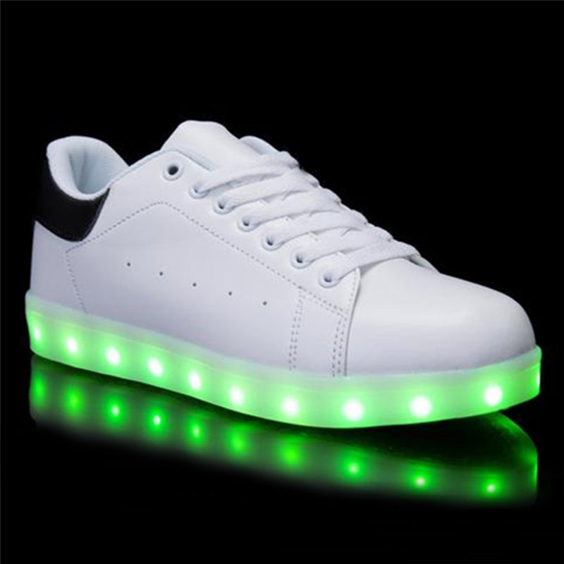 new Children Breathable Sneakers With Light Sport Led USB Luminous Lighted Shoes for Kids Casual Girls Flats