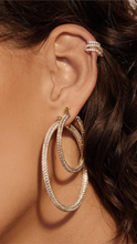 Load image into Gallery viewer, Ballier Ear Cuff - Lindsey's Kloset