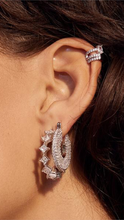 Load image into Gallery viewer, Ballier Ear Cuff - ONFEMME By Lindsey's Kloset