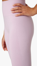 Load image into Gallery viewer, Seamless Leggings - ONFEMME By Lindsey's Kloset