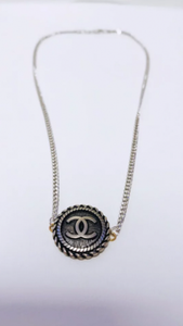 Stunning Silver Chanel Necklace - ONFEMME By Lindsey's Kloset