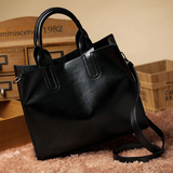 Leather Casual Tote in black