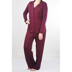 Soft, breathable bamboo fabric pyjamas help you to feel comfortable and manage night sweats during the menopause.