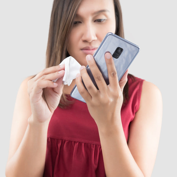 Your Phone Is Full Of Germs!  How to Kill Coronavirus and more, With CDC And Science Backed Guidelines For Cleaning Screens, Smartphones and keyboards