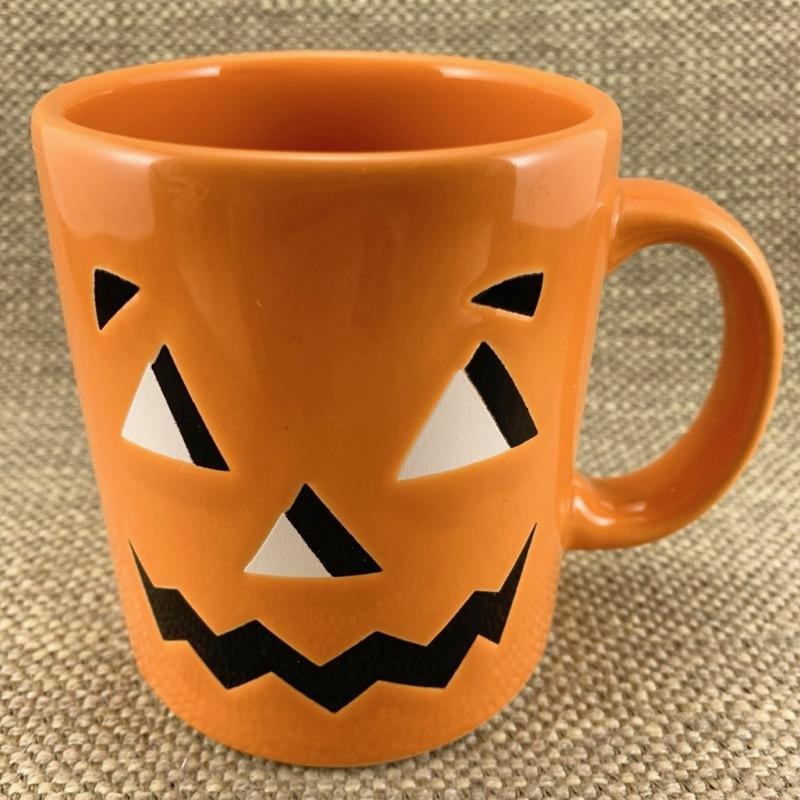 It's that time of year for Halloween mugs!