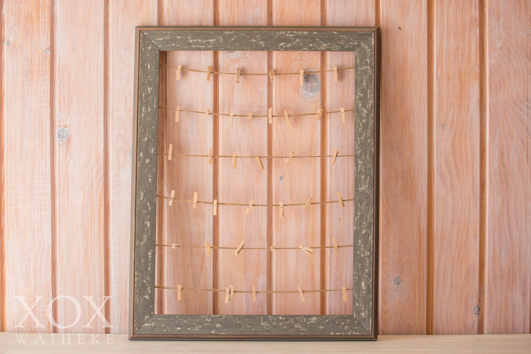 Polaroid Rustic Wooden Frame with Pegs