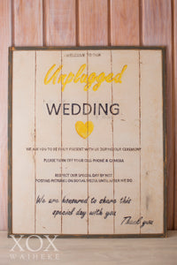 "Sign ""Welcome to our Unplugged Wedding"""