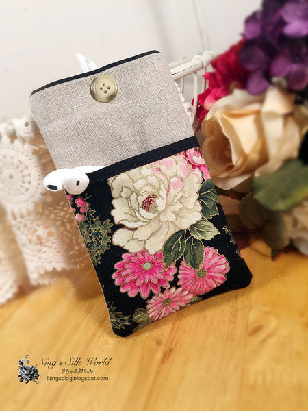 Peony Mobile Phone Sleeve Black