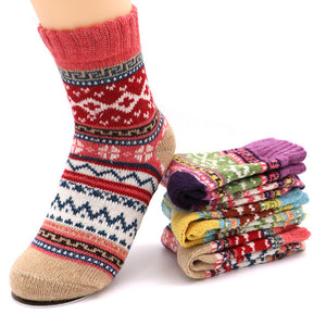 1Pair Woman Thick Warm Socks Calcetines Christmas Gift Happy Sock Colorful Stripe Autumn Winter Socks For Women Meias Femininas