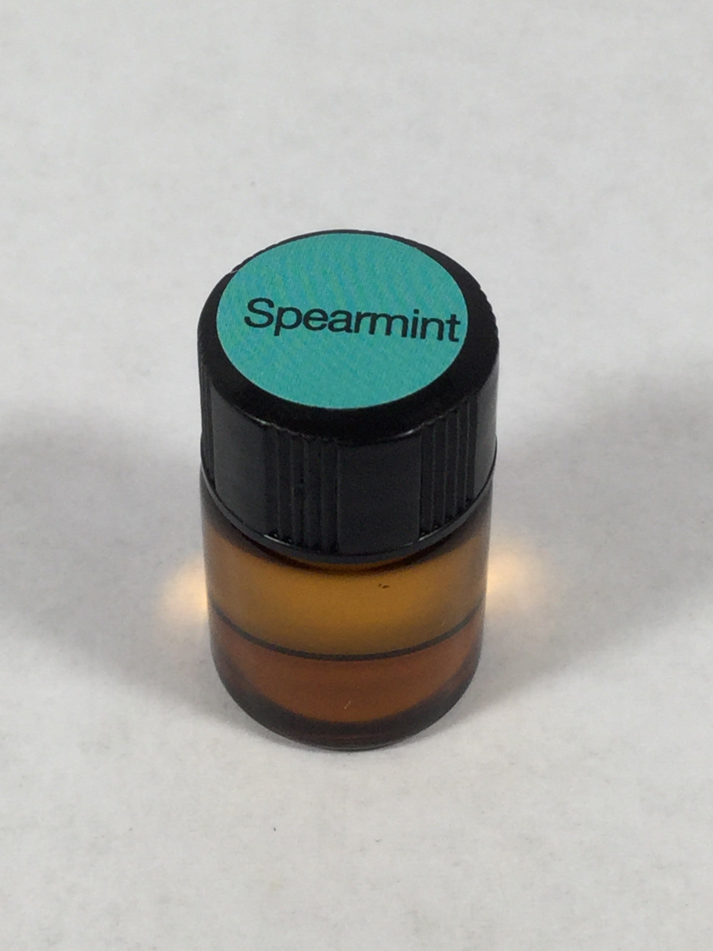 Oil: 2ml Spearmint dōTerra Essential Oil
