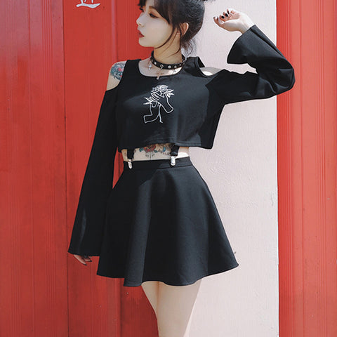Top + Skirt Black Roses - Alternative Fashion