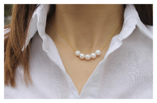 Chunky Pearl Necklace • Sterling Silver or 14K Gold Filled • Minimalist Necklace • B268