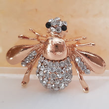Honey Bee Pendant/Brooch
