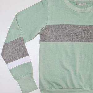 Emboss Logo Crew - Mint - Limited edition Avila the label