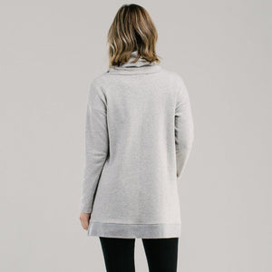 Comfy slouch pullover in Grey marle, made from organic cotton. Active jumper.